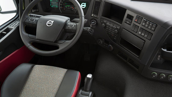 Volvo FMX steering wheel