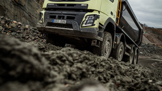 Learn how to make the most of the Volvo FMX for construction work