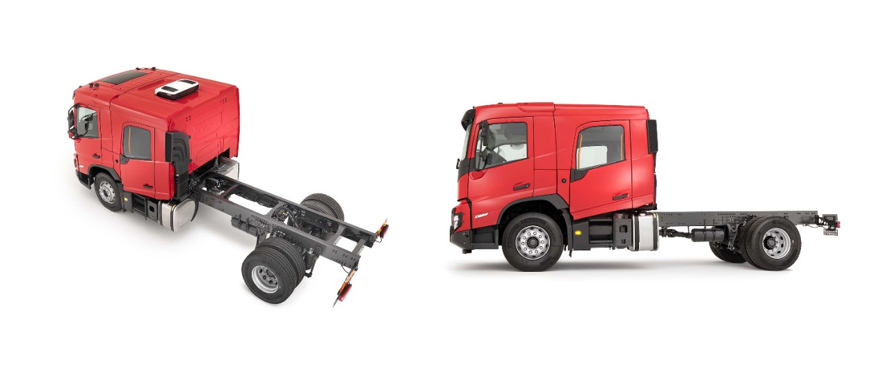 The chassis behind the crew cab is dedicated to bodybuilding.
