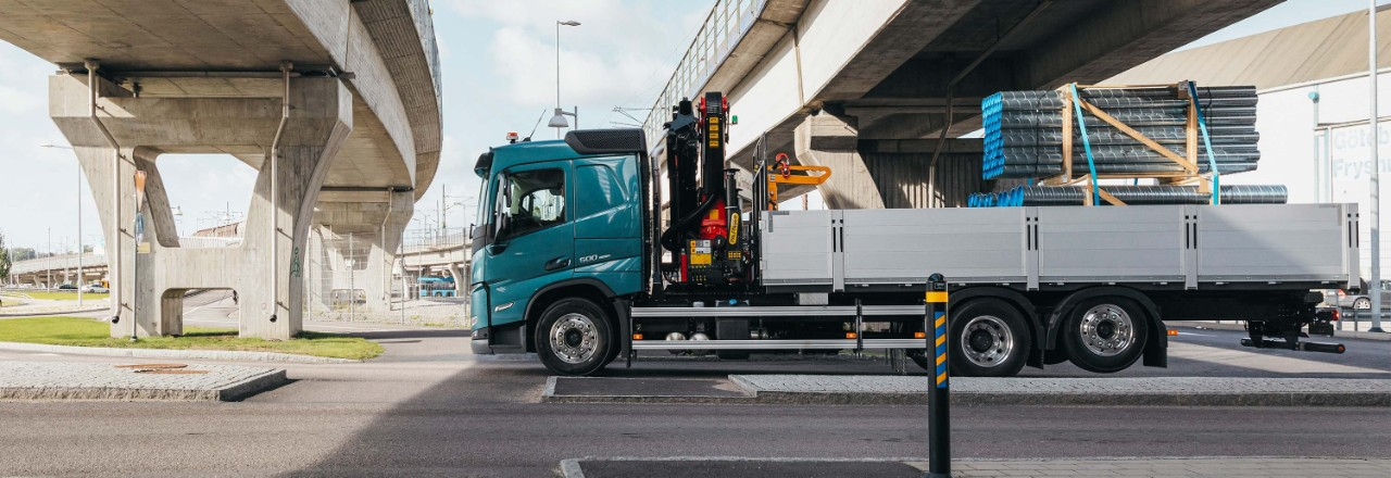 Get your Volvo FM with a wide range of axle arrangements, wheelbases and chassis heights for your needs.